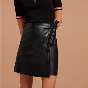 Aritzia Wilfred Free Spurlock Skirt XXS